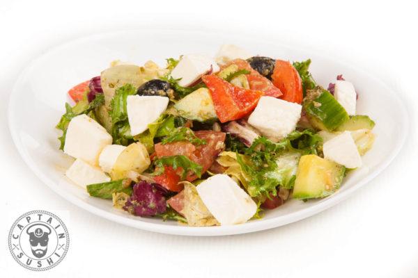 81. Grieķu salāti ar tofu sieru